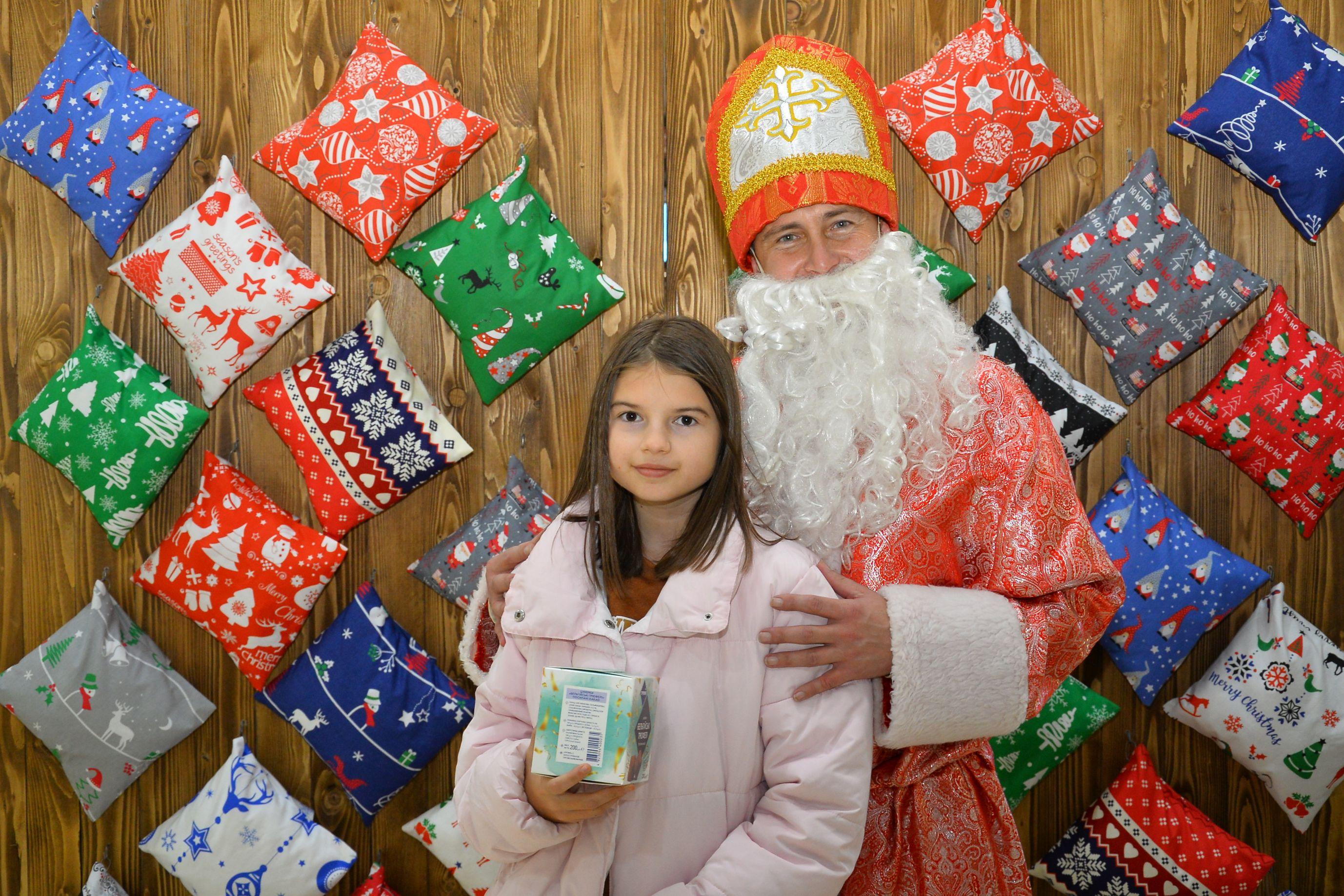 """Акція """"Подарунки з-під подушки від Св.Миколая"""""""